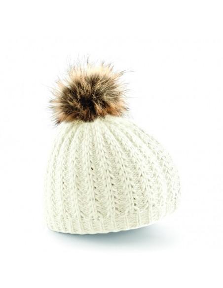 Pletena kapa s cofom iz umetnega krzna
